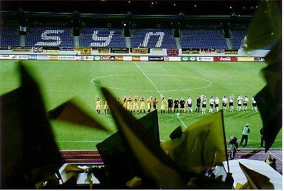 Die Teams vor dem Anpfiff