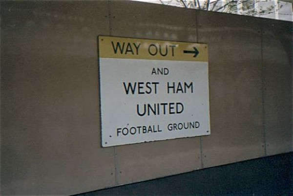 Upton Park Ausgang