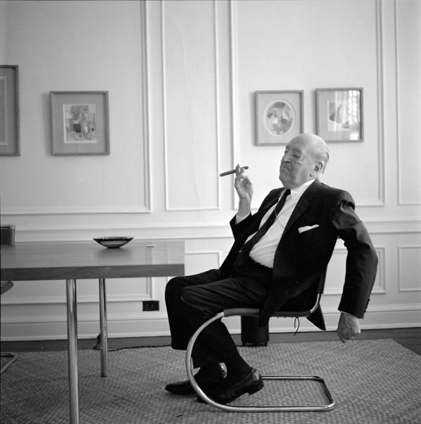 Ludwig Mies van der Rohe in seiner Wohnung, Chicago 1964, Foto: Werner Blaser